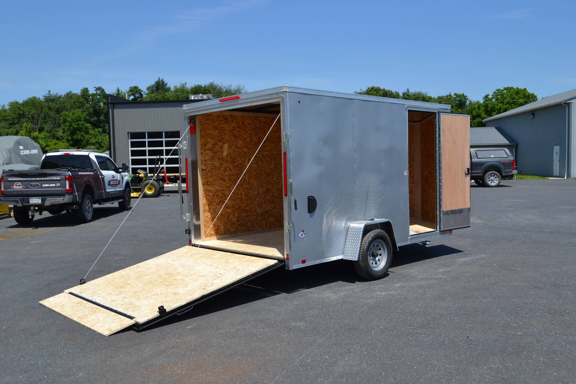 2020 Look Trailers 7X12 STDLX Cargo Trailer Ramp +6 in Harrisburg, Pennsylvania - Photo 12