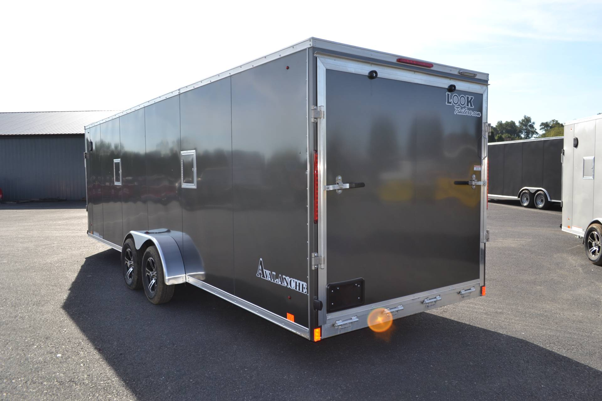 2020 Look Trailers 7x29 Avalanche Aluminum Enclosed Snowmobile Trailer 7K +6 in Harrisburg, Pennsylvania - Photo 7