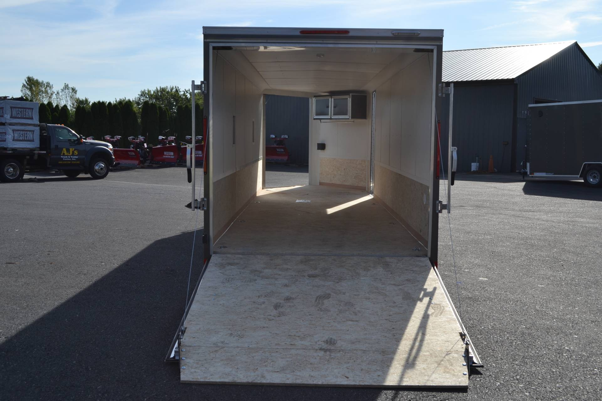 2020 Look Trailers 7x29 Avalanche Aluminum Enclosed Snowmobile Trailer 7K +6 in Harrisburg, Pennsylvania - Photo 24