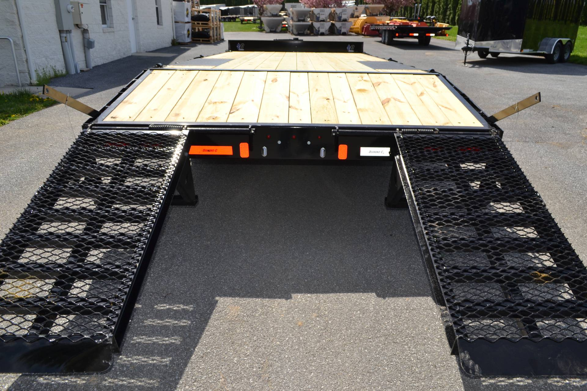 2019 Diamond C 20x102 DEC Equipment Trailer XWR in Harrisburg, Pennsylvania - Photo 15