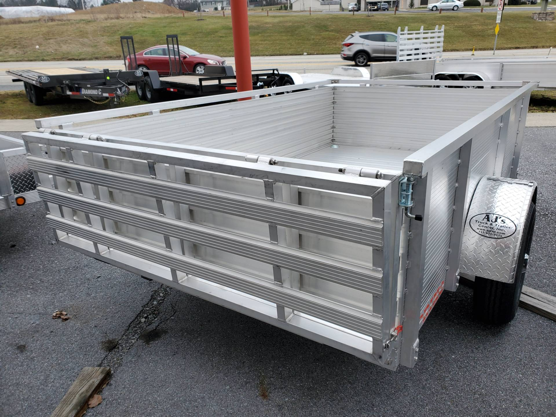 2021 Primo 72x10 Single Axle Utility – 26 High Solid Side in Harrisburg, Pennsylvania - Photo 6