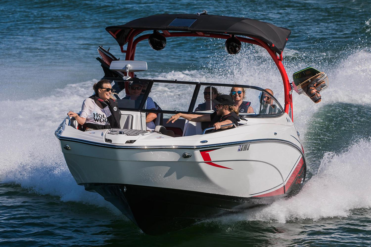 2018 Yamaha 242X E-Series in South Windsor, Connecticut
