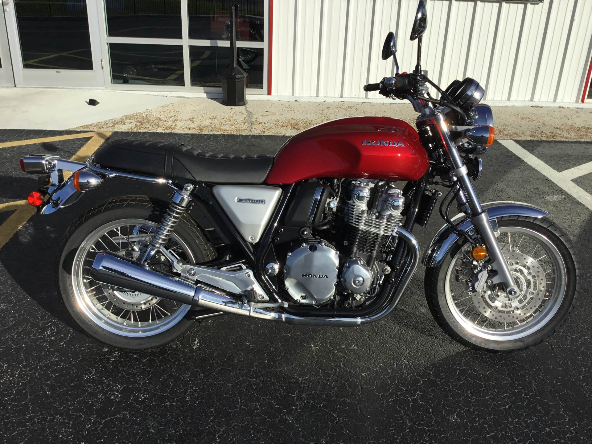2017 Honda CB1100 EX in Hudson, Florida - Photo 3
