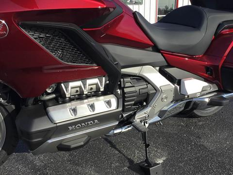 2018 Honda Gold Wing Tour Automatic DCT in Hudson, Florida - Photo 13