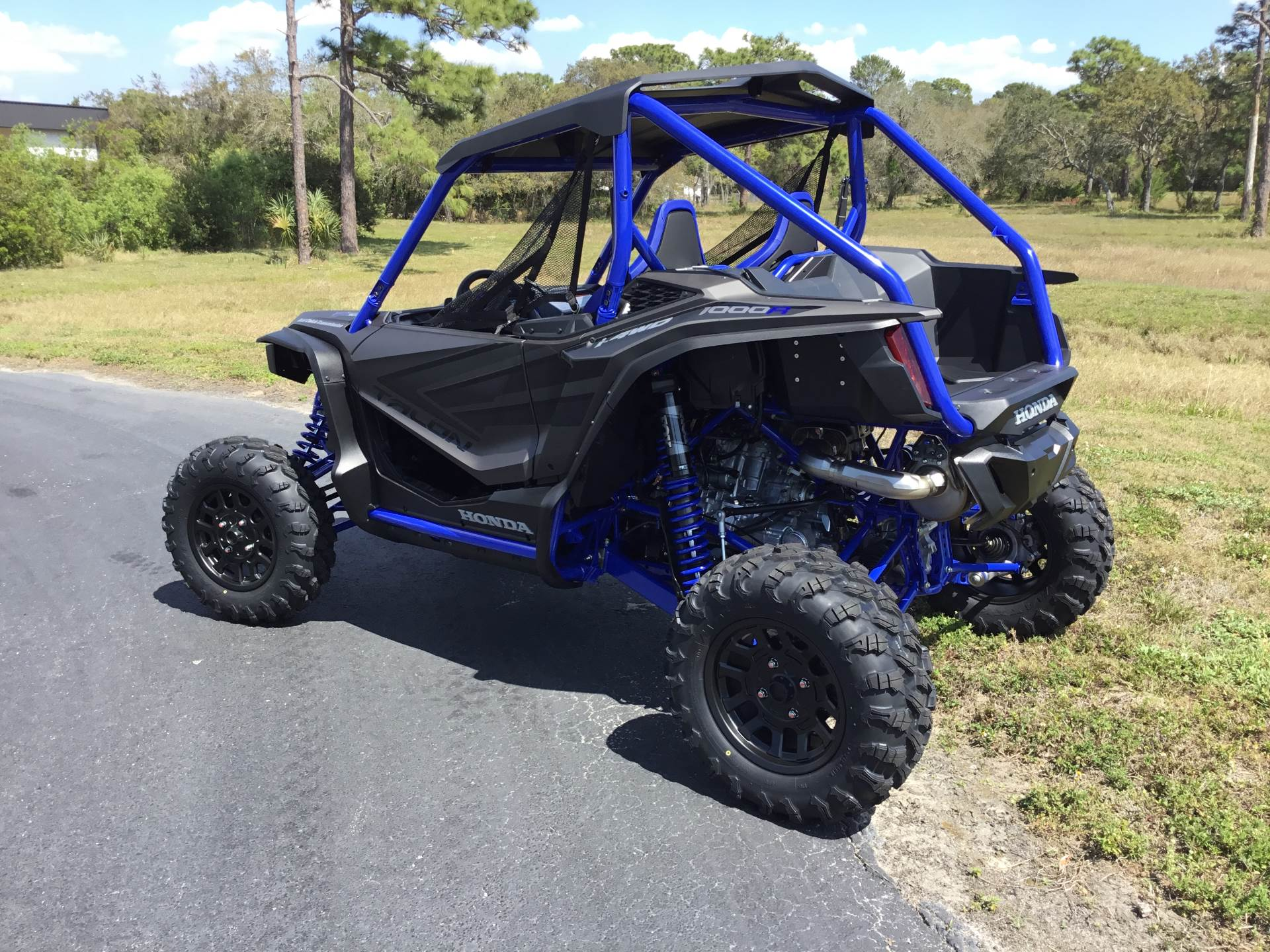 2021 Honda Talon 1000R FOX Live Valve in Hudson, Florida - Photo 4