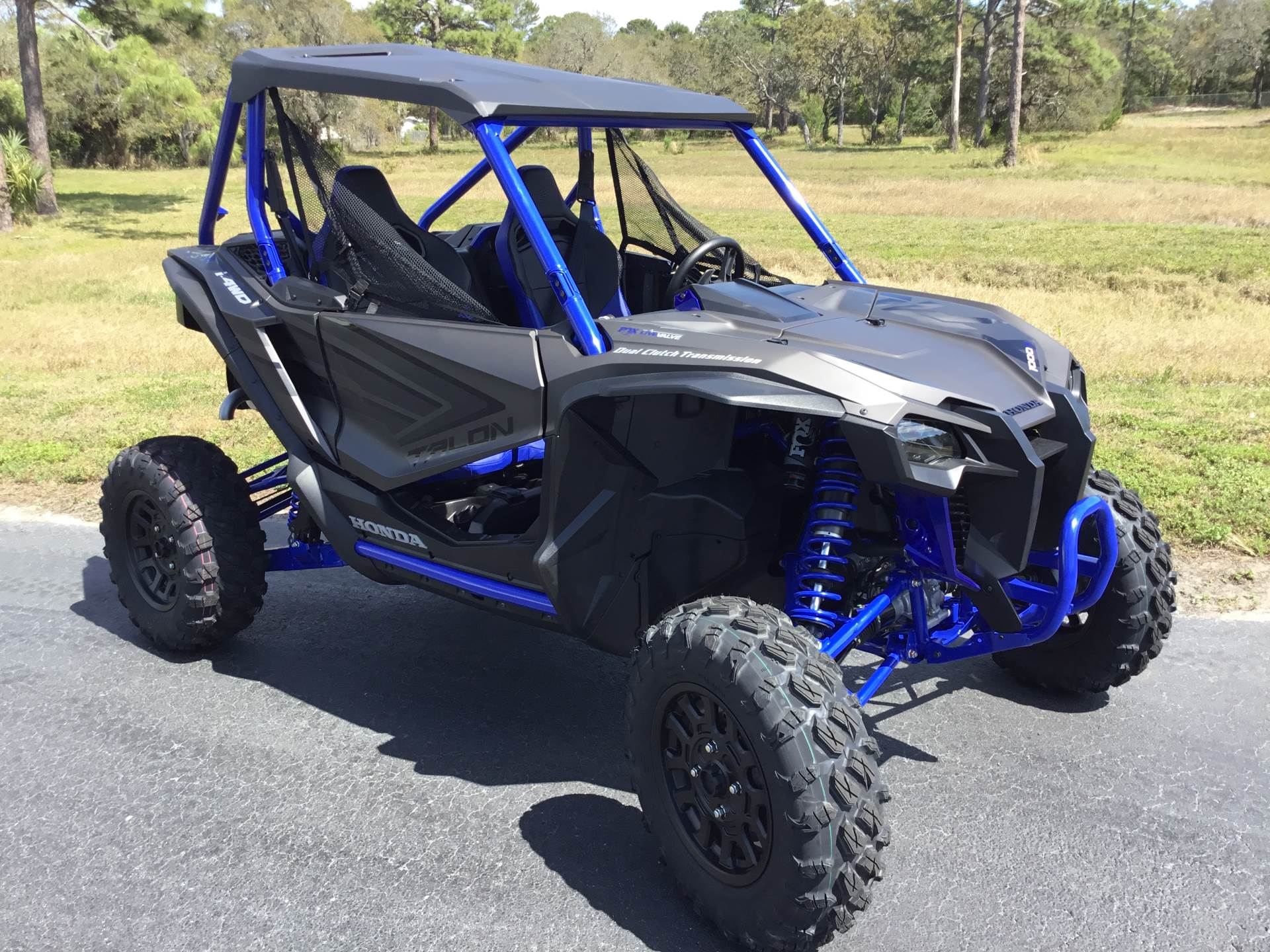 2021 Honda Talon 1000R FOX Live Valve in Hudson, Florida - Photo 9