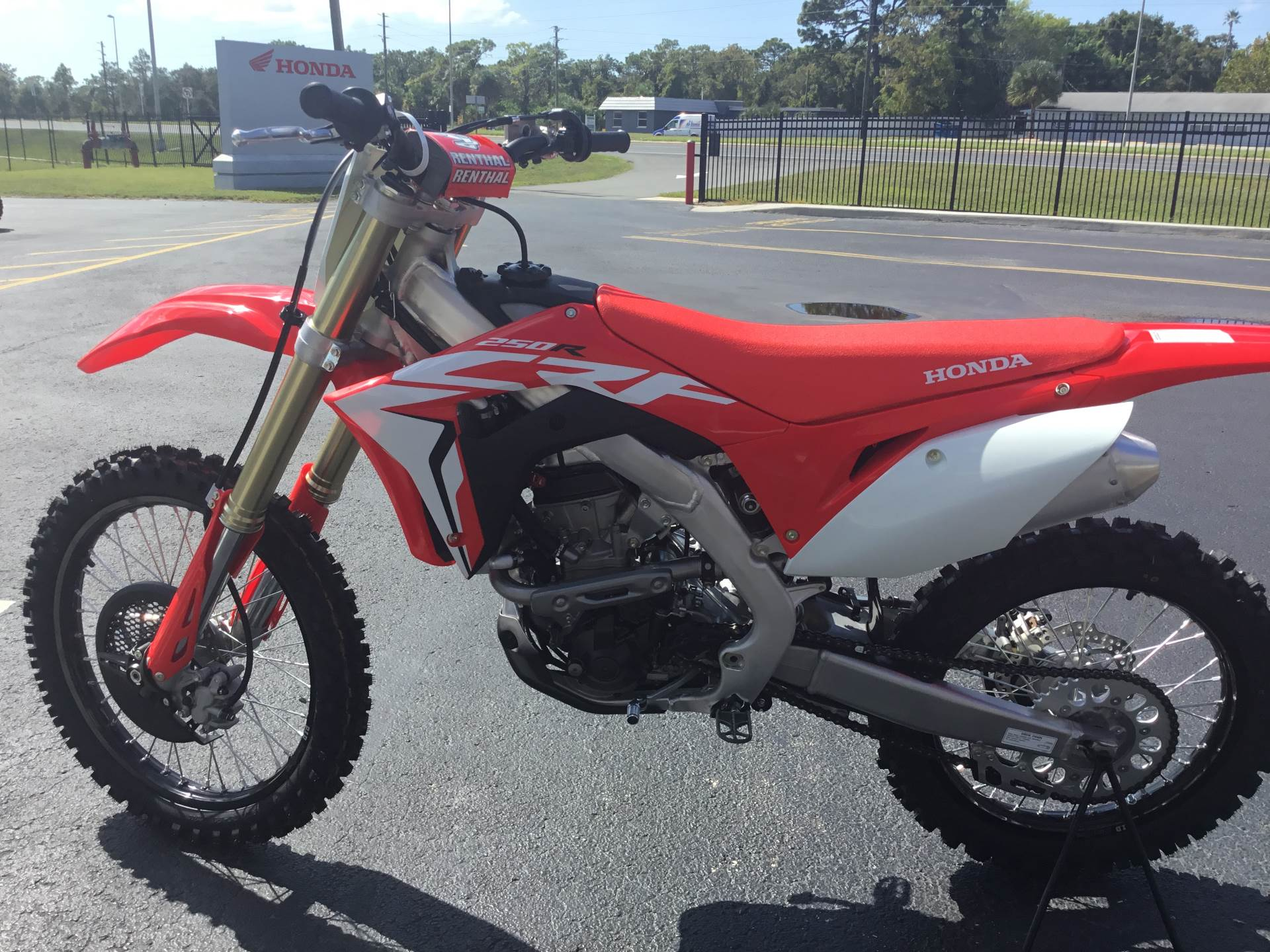 2019 Honda CRF250R in Hudson, Florida - Photo 6