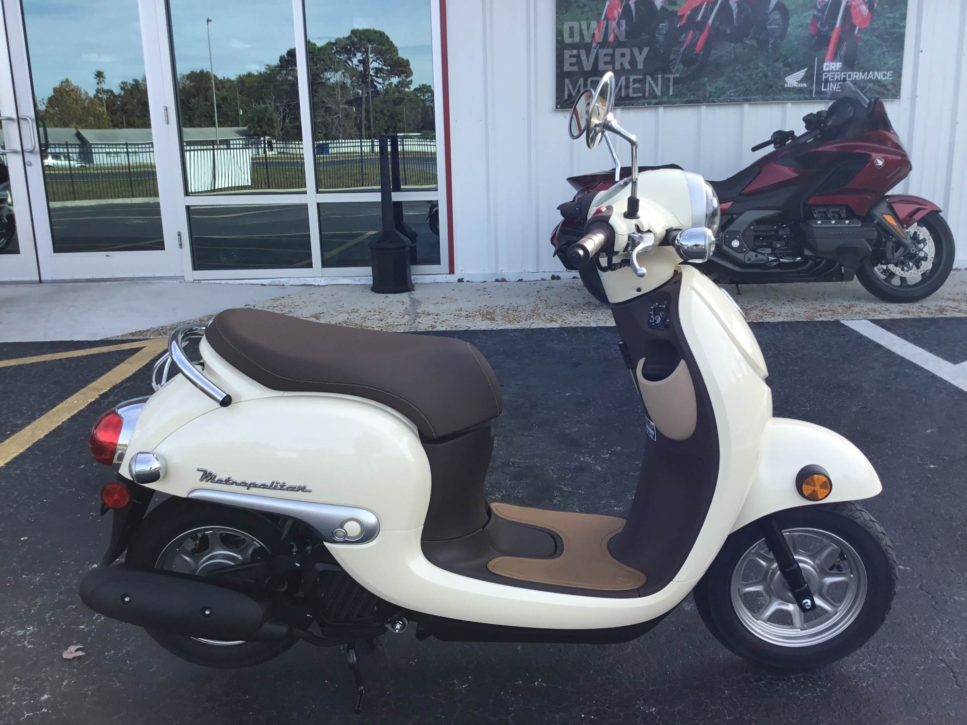 2018 Honda Metropolitan in Hudson, Florida - Photo 3