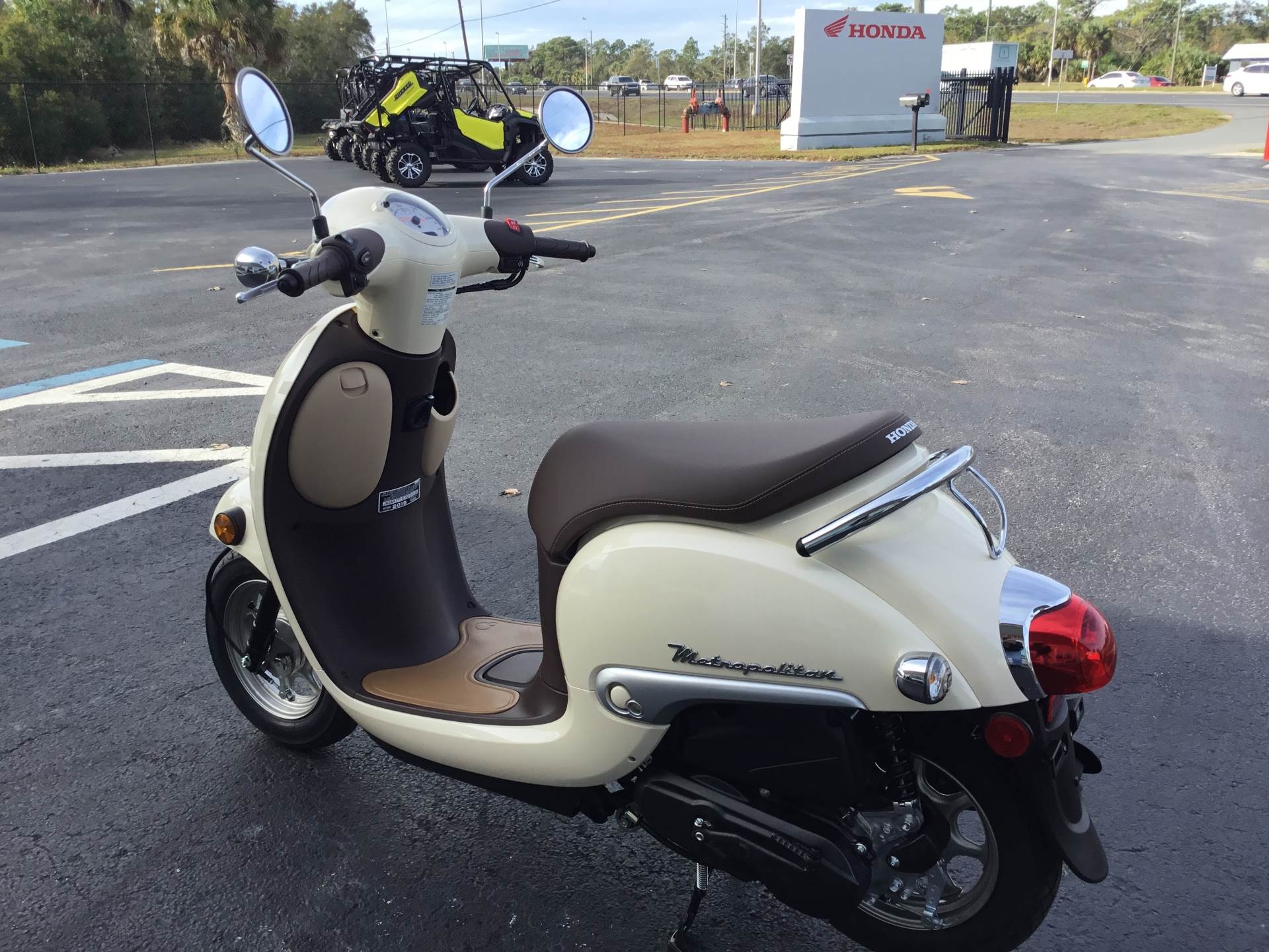 2018 Honda Metropolitan in Hudson, Florida - Photo 7