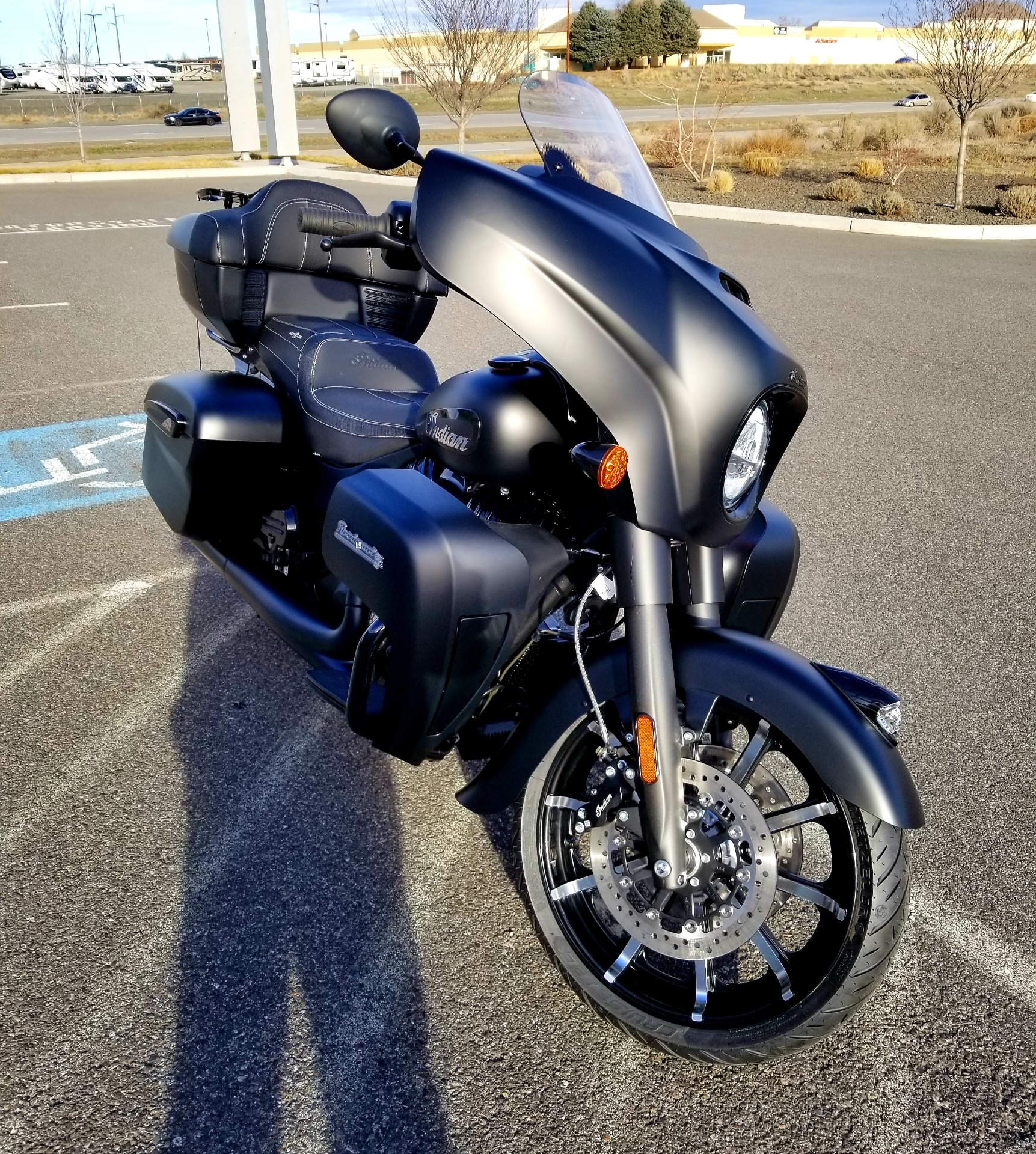 2021 Indian Roadmaster® Dark Horse® in Pasco, Washington - Photo 6