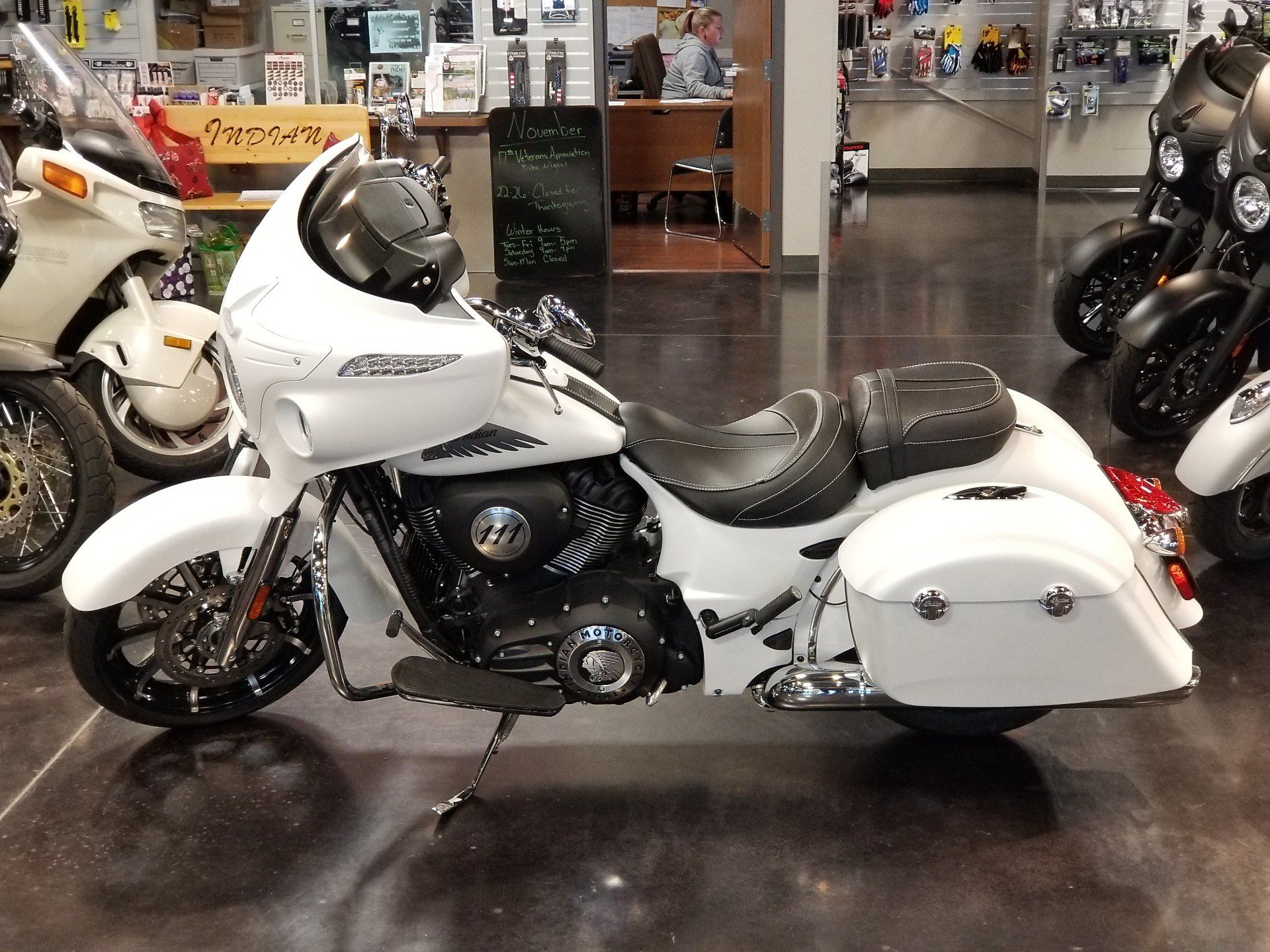 2018 Indian Chieftain® Limited ABS in Pasco, Washington - Photo 1