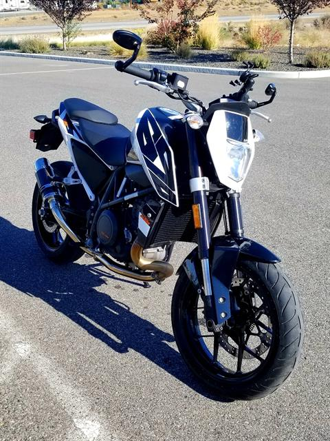 2017 KTM 690 Duke in Pasco, Washington - Photo 6