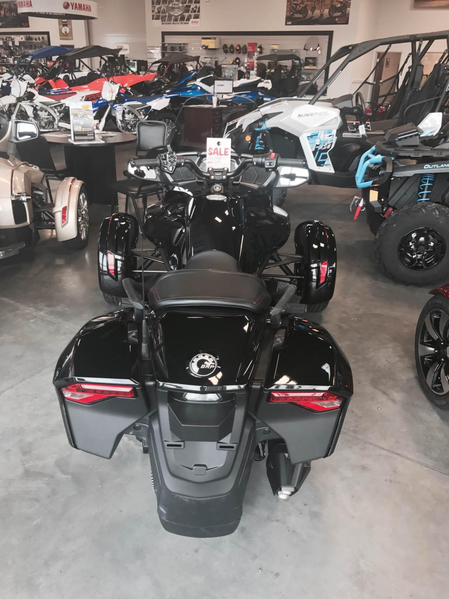 2016 Can-Am Spyder F3-T SE6 in Las Vegas, Nevada