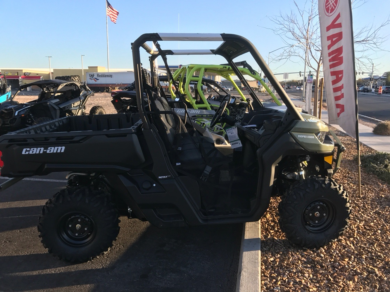 2019 Can-Am™ Defender HD8 7