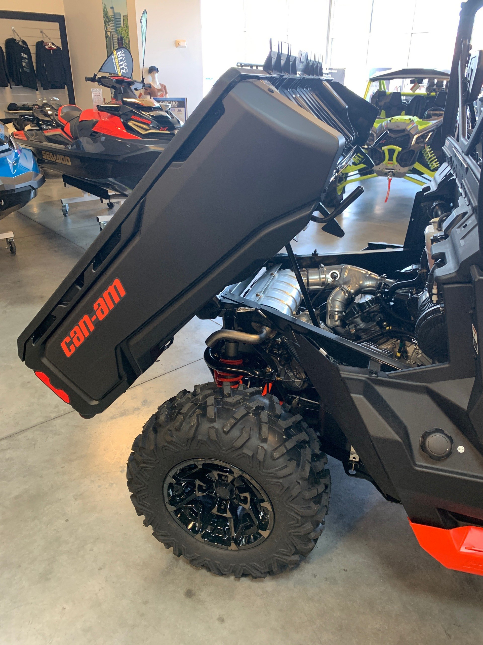 2019 Can-Am Defender XT-P HD10 in Las Vegas, Nevada - Photo 5