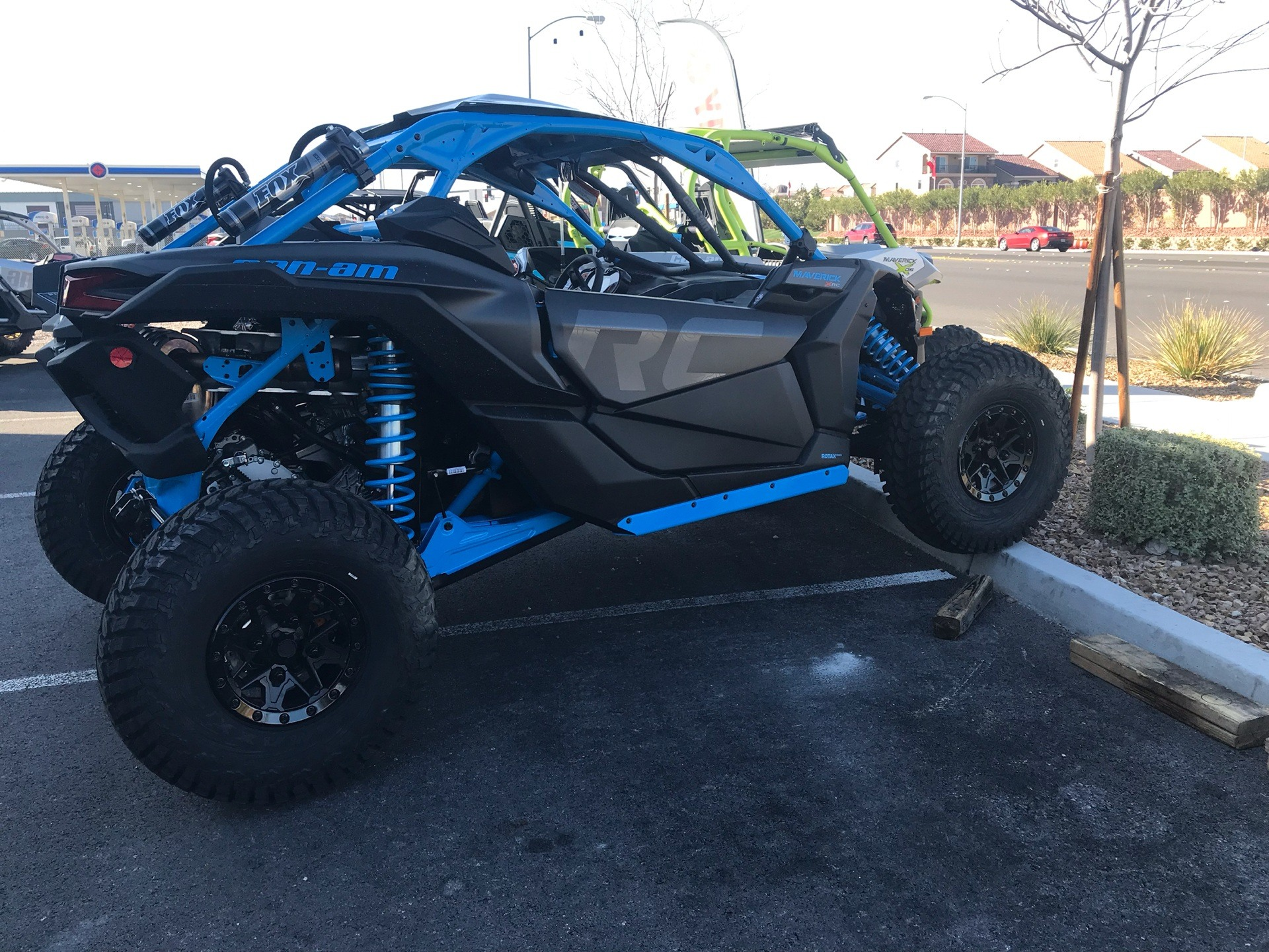 2018 Can-Am™ Maverick X3 X rc Turbo R 2