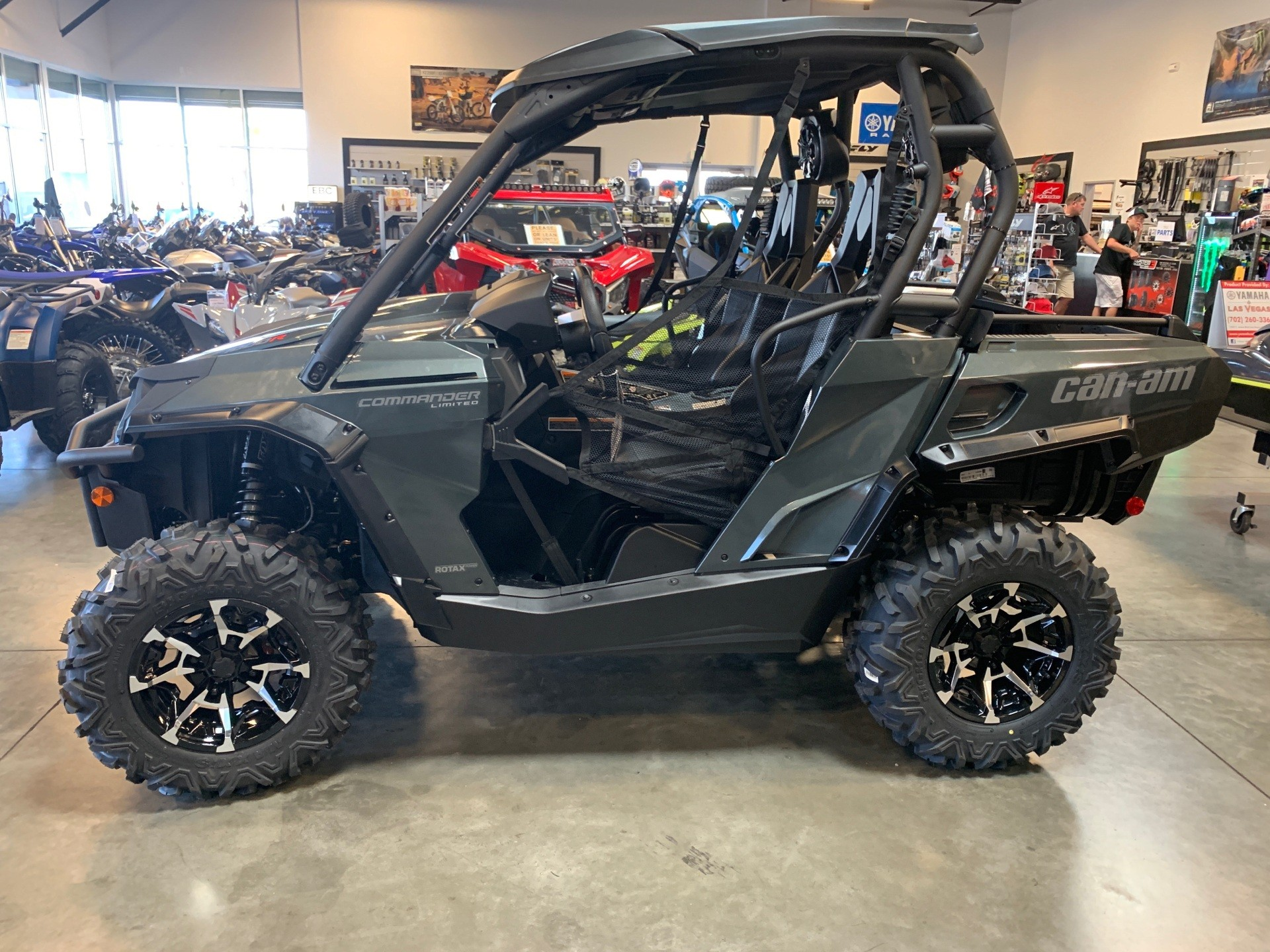 2020 Can-Am Commander Limited 1000R in Las Vegas, Nevada - Photo 1