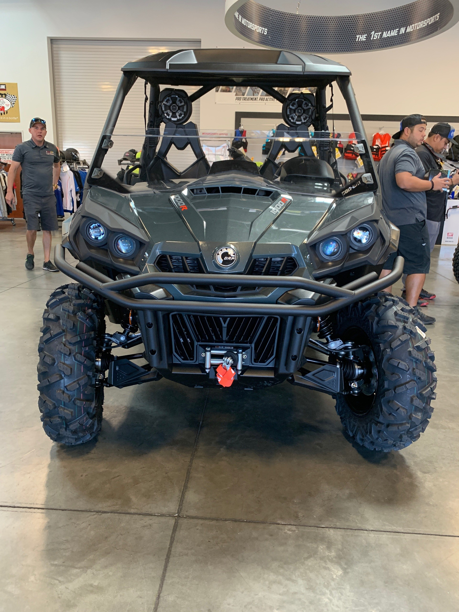 2020 Can-Am Commander Limited 1000R in Las Vegas, Nevada - Photo 3