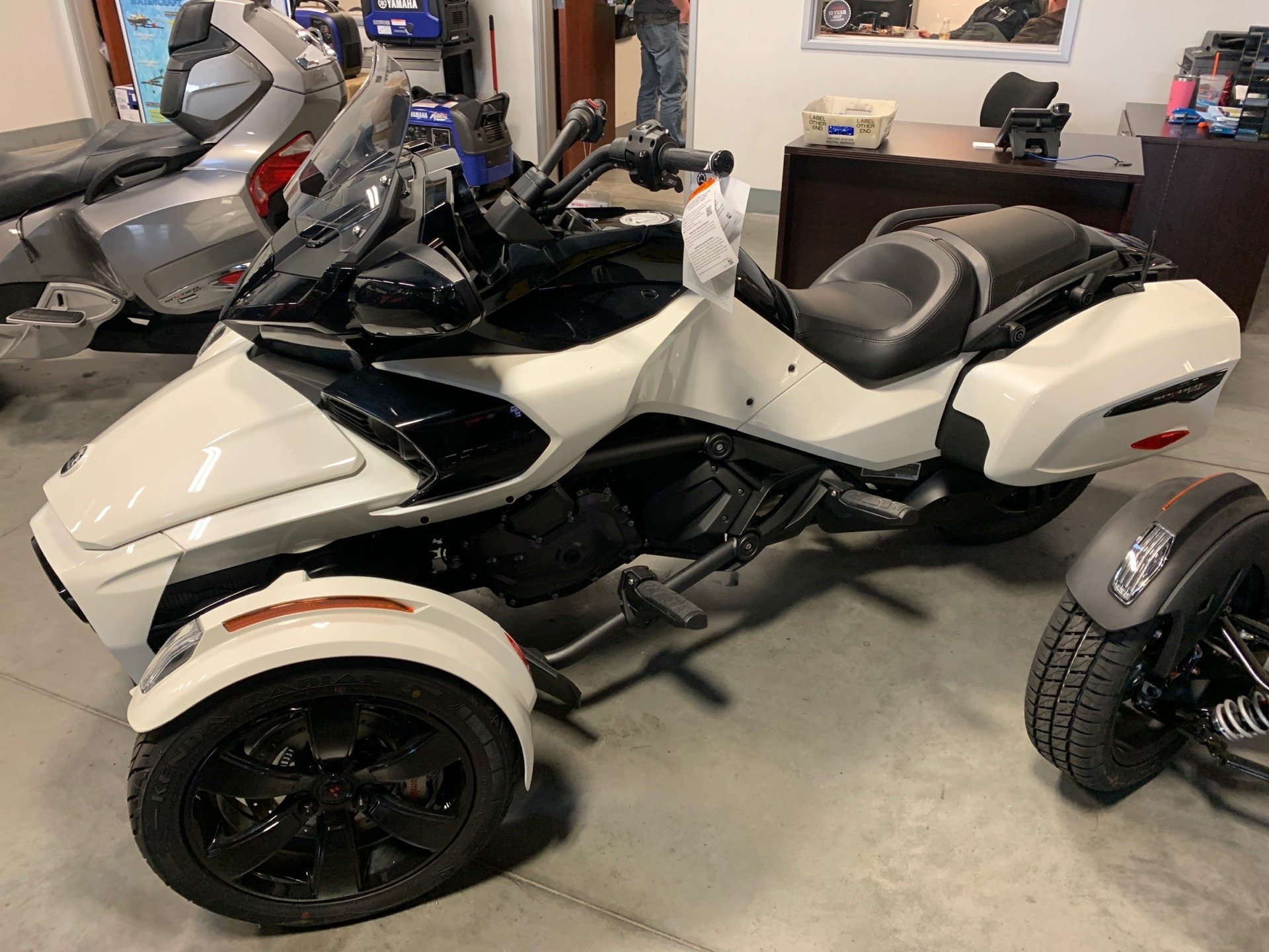 2019 Can-Am Spyder F3-T in Las Vegas, Nevada - Photo 1