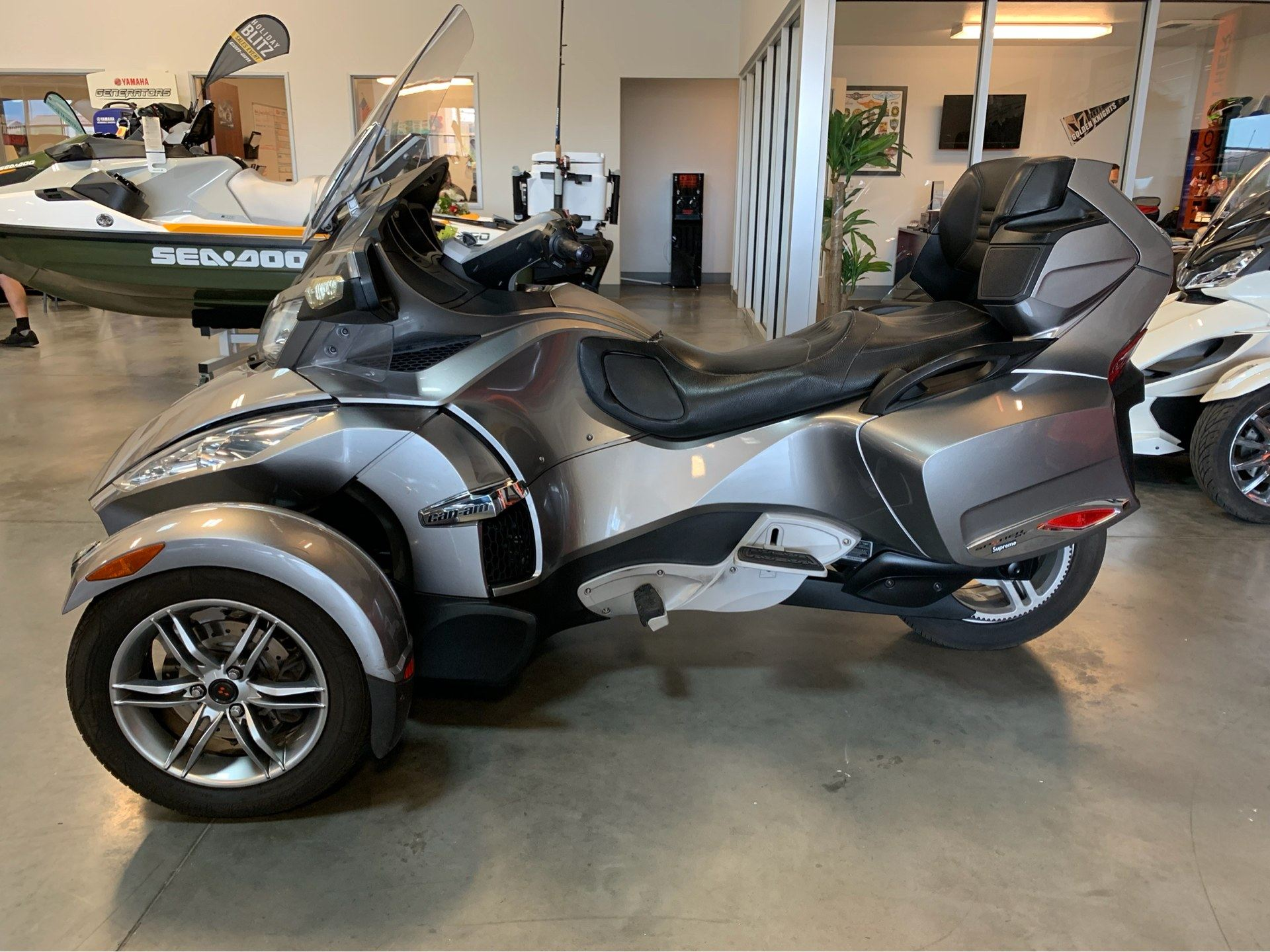 2012 Can-Am Spyder® RT-S SE5 in Las Vegas, Nevada - Photo 1