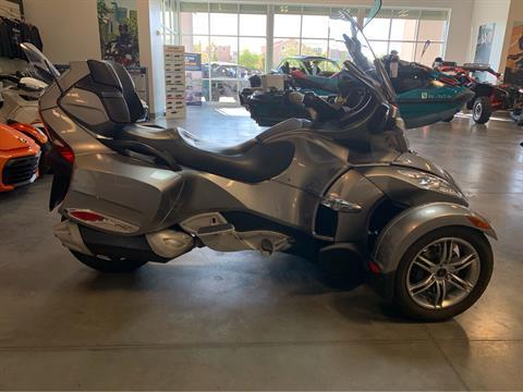 2012 Can-Am Spyder® RT-S SE5 in Las Vegas, Nevada - Photo 2