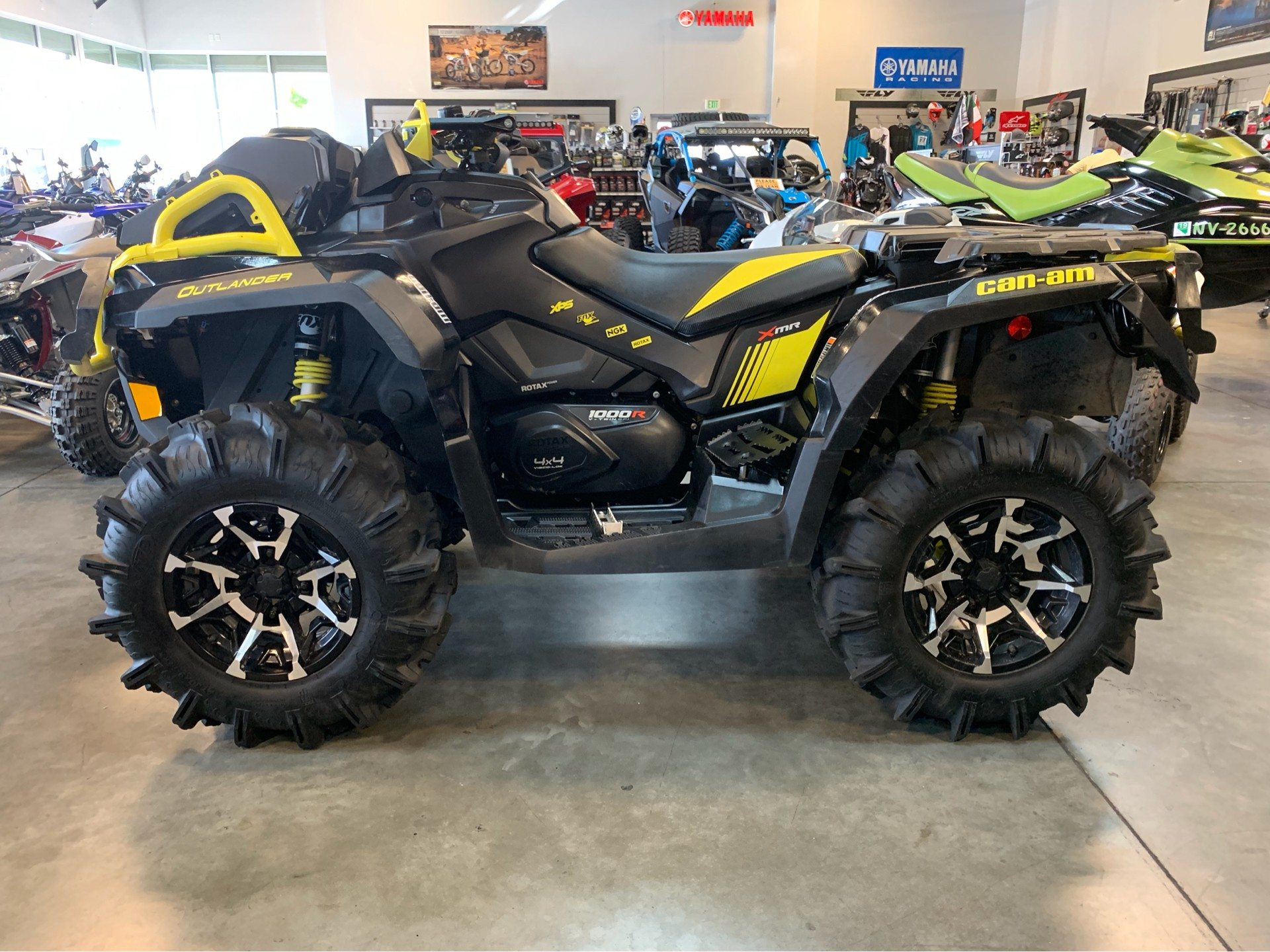 2018 Can-Am Outlander X mr 1000R in Las Vegas, Nevada - Photo 1
