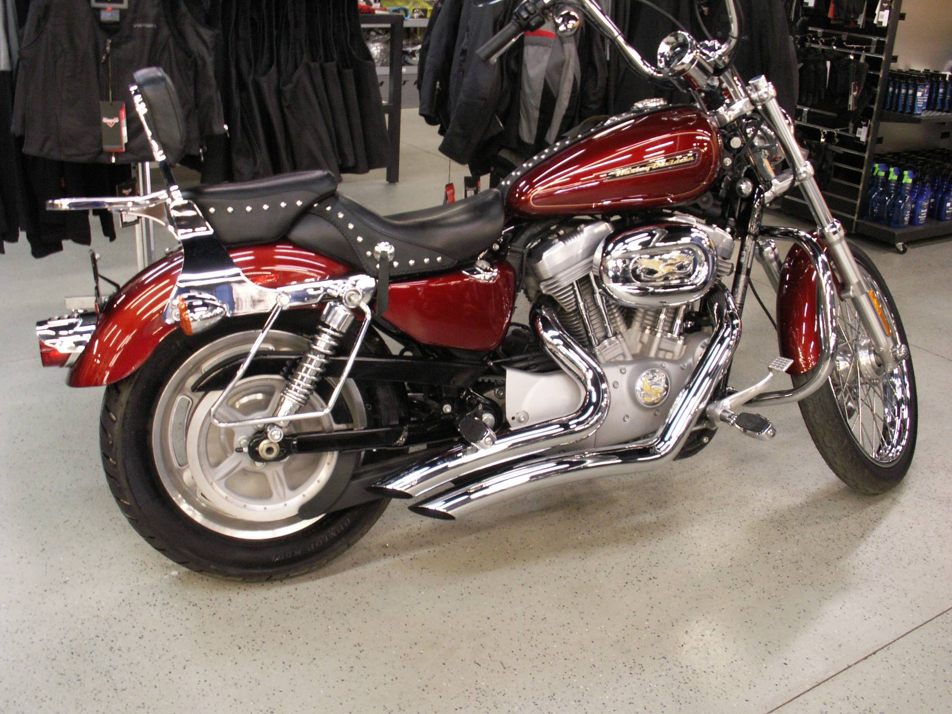 2009 Harley-Davidson Sportster 883 Custom 4