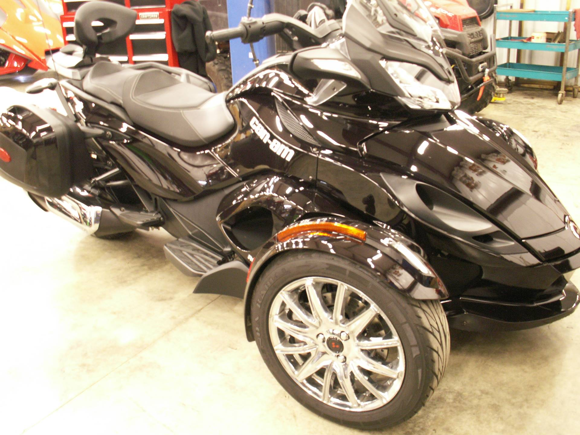 2013 Can-Am Spyder® ST Limited in Hermitage, Pennsylvania