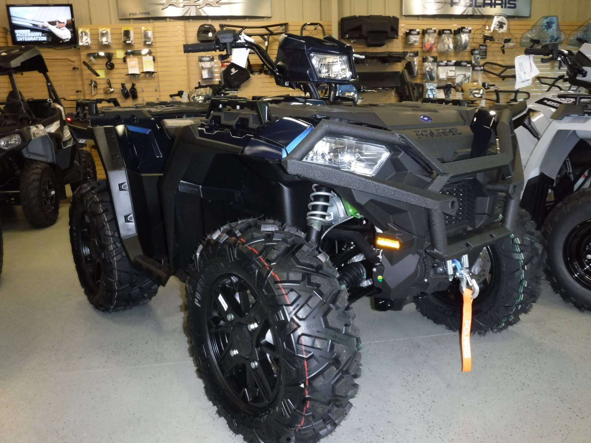 2019 Polaris Sportsman XP 1000 Premium in Hermitage, Pennsylvania - Photo 2
