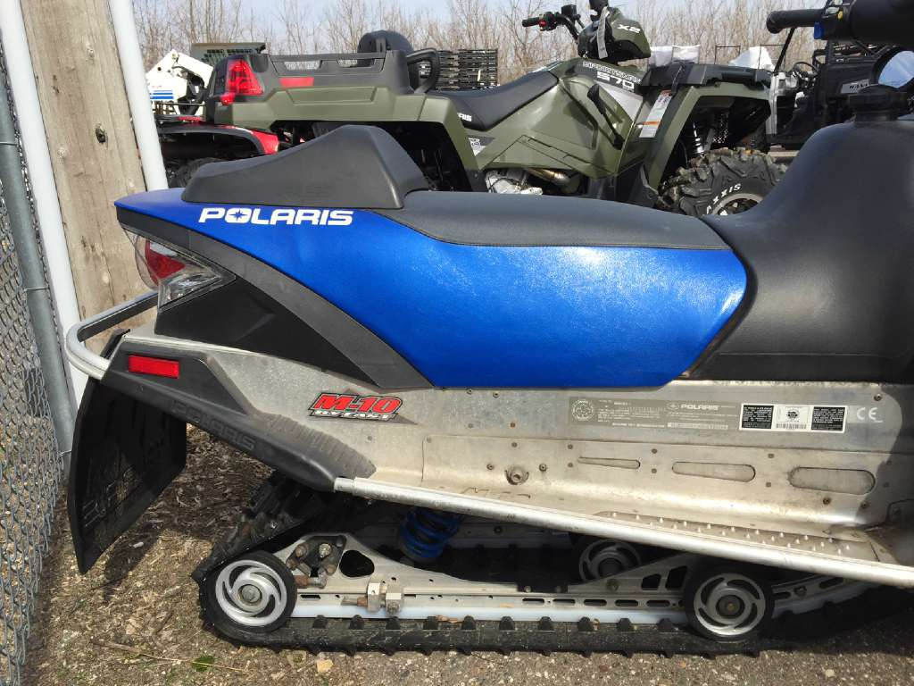 2006 Polaris 600 Classic in Red Wing, Minnesota