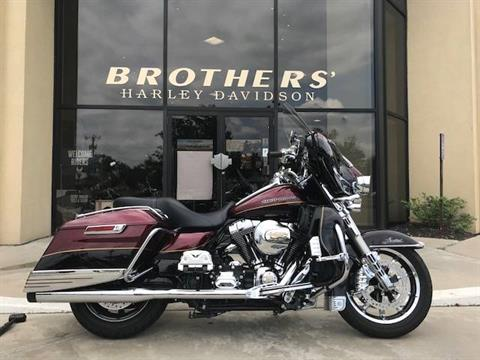 2014 Harley-Davidson Ultra Limited in Branford, Connecticut
