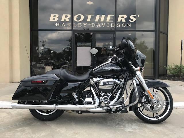 2018 Harley-Davidson Street Glide 1