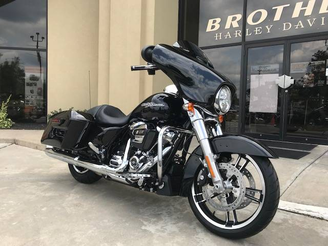 2018 Harley-Davidson Street Glide 2