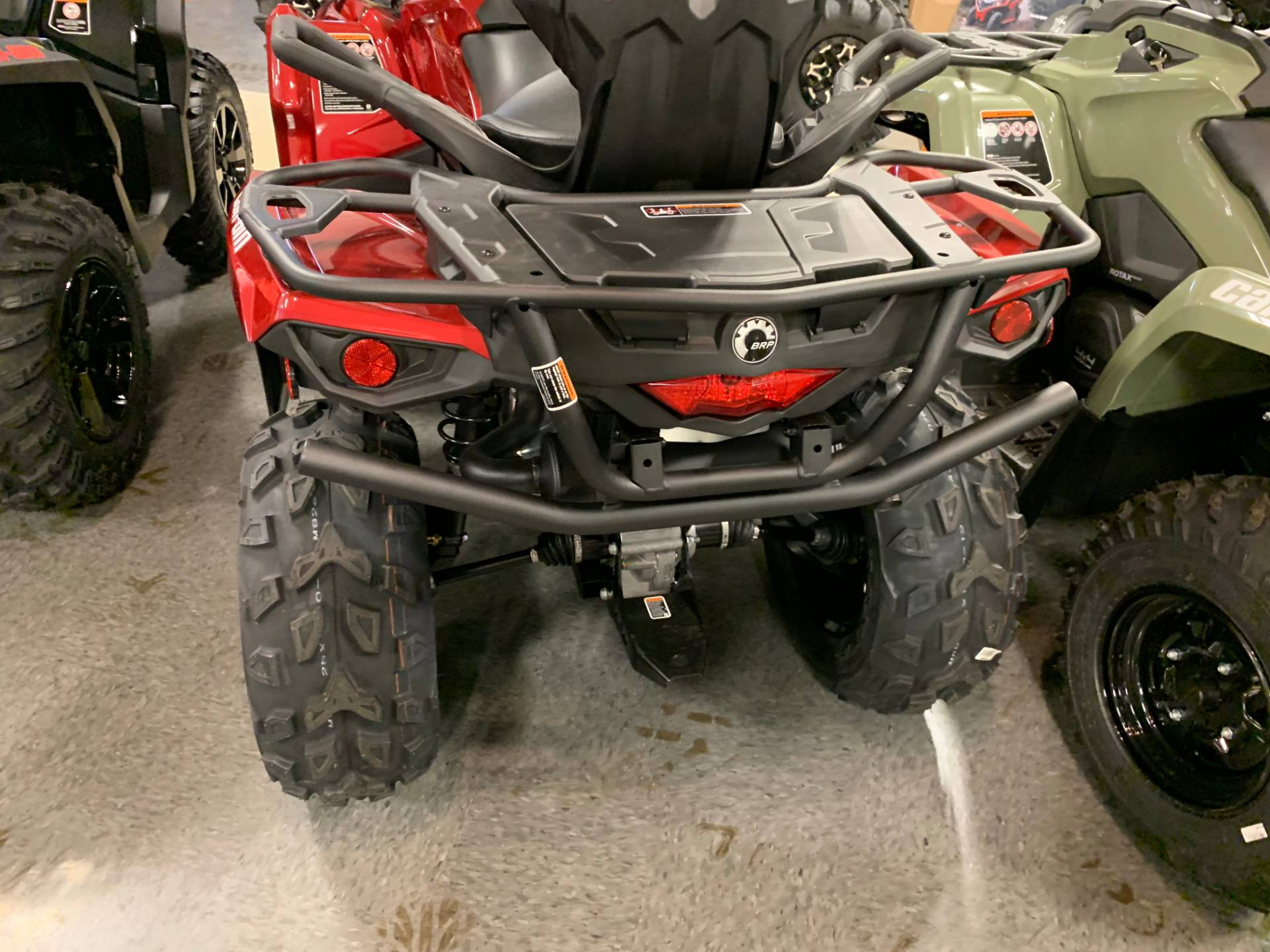 2019 Can-Am Outlander MAX XT 570 in Wilmington, Illinois - Photo 3