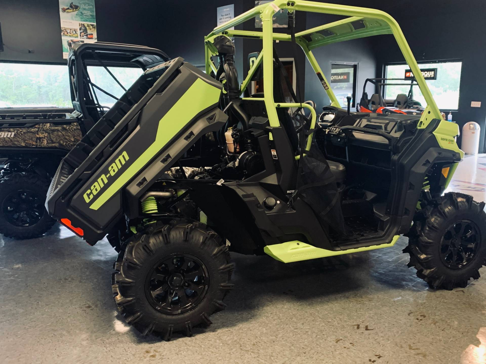 2020 Can-Am Defender X MR HD10 in Wilmington, Illinois - Photo 10