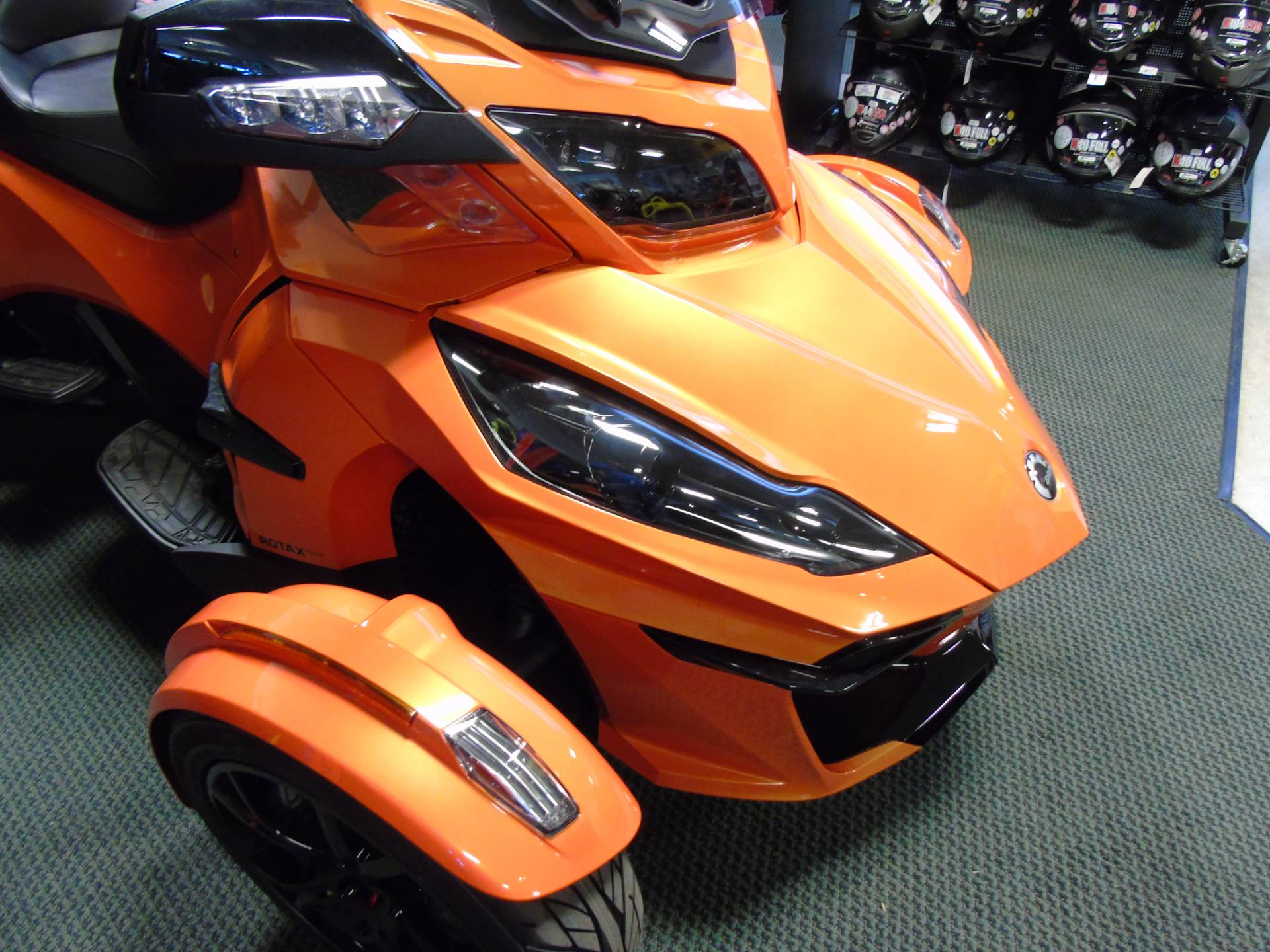 2019 Can-Am Spyder RT Limited in Wilmington, Illinois - Photo 8