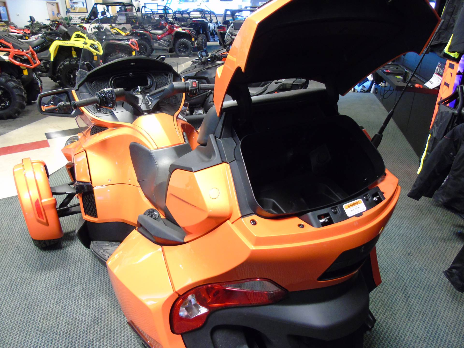 2019 Can-Am Spyder RT Limited in Wilmington, Illinois - Photo 11
