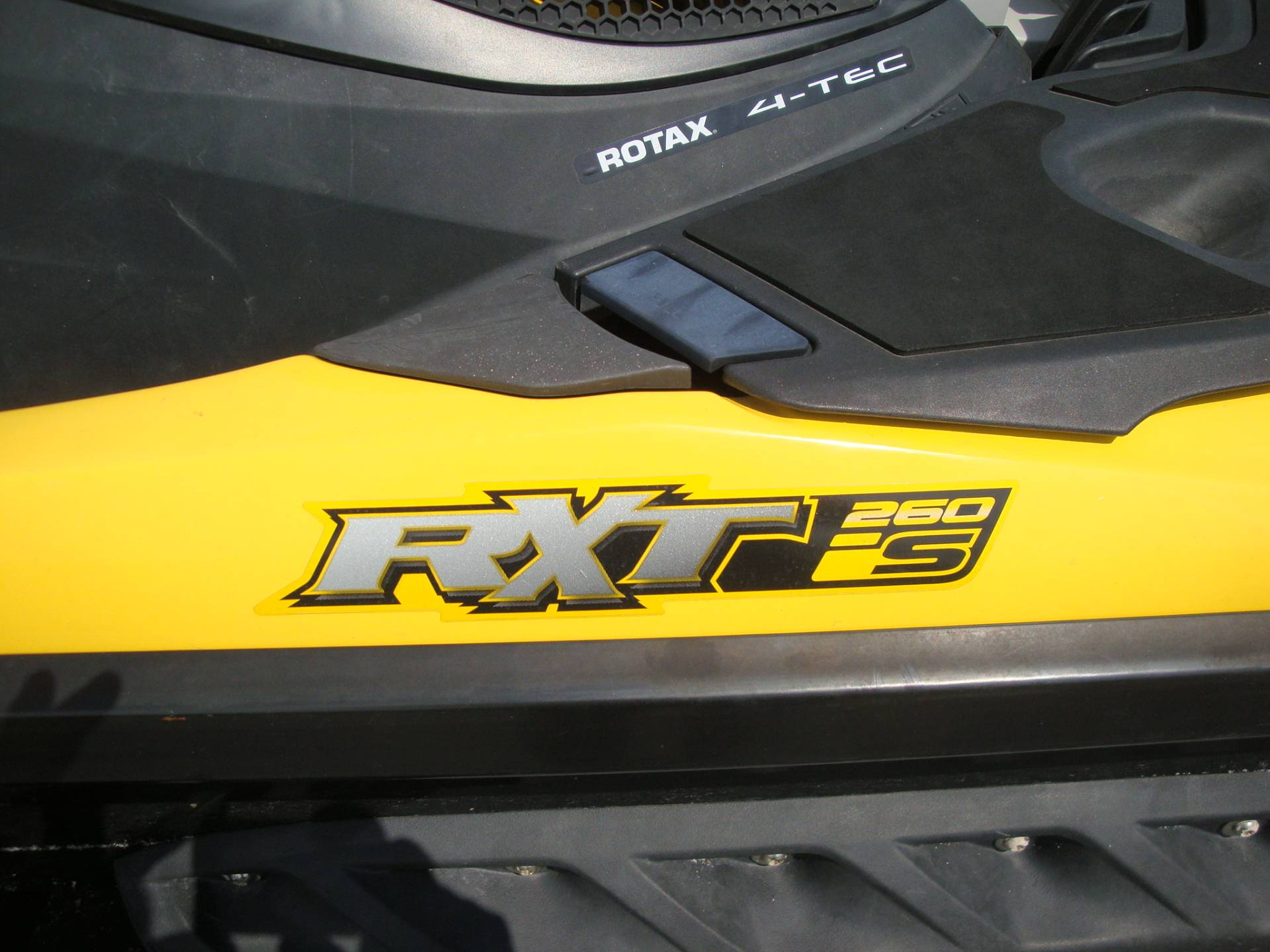 2011 Sea-Doo RXT® iS™ 260 in Wilmington, Illinois
