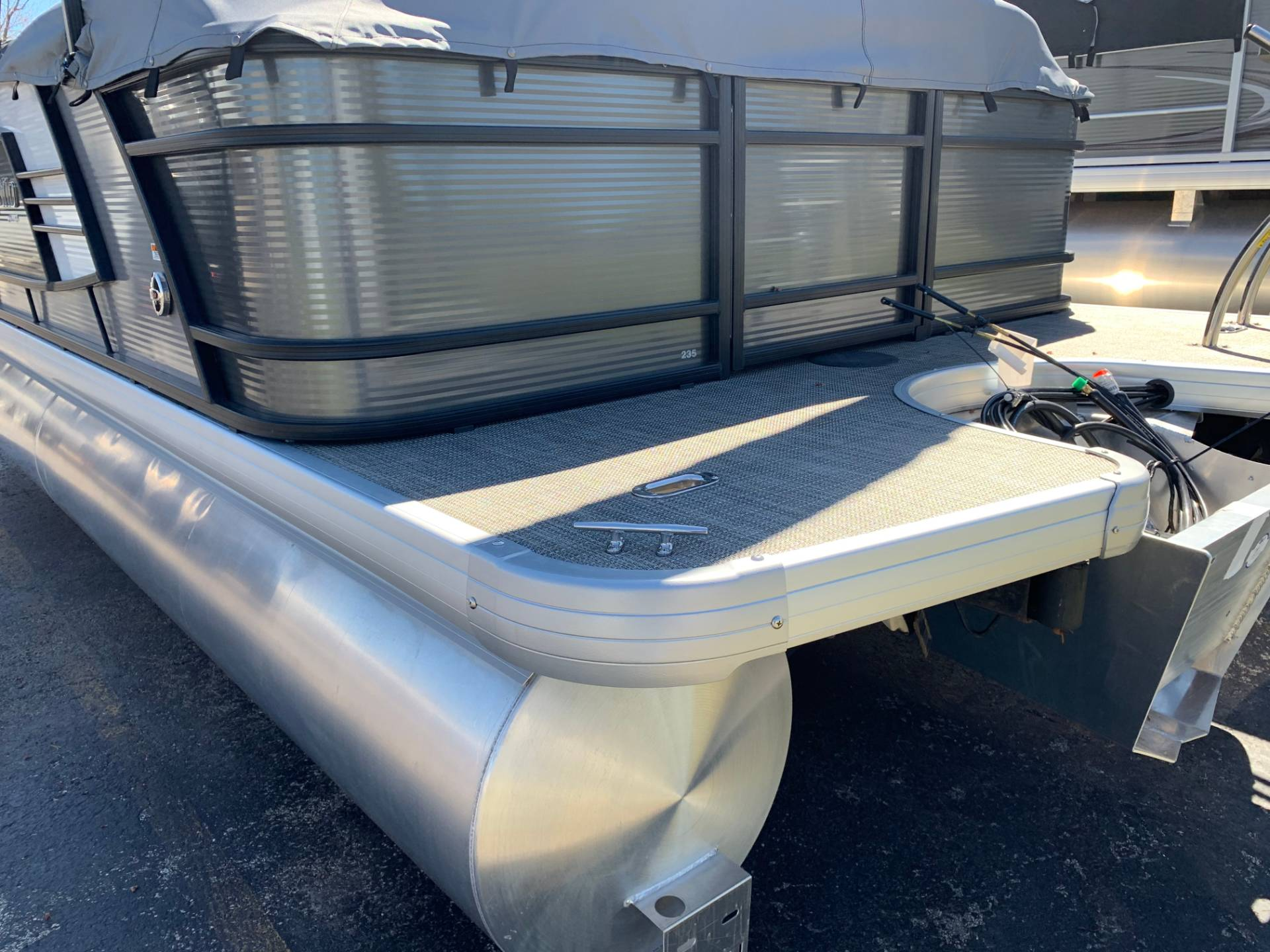 2019 AquaPatio 235 SPLIT BENCH in Wilmington, Illinois - Photo 18