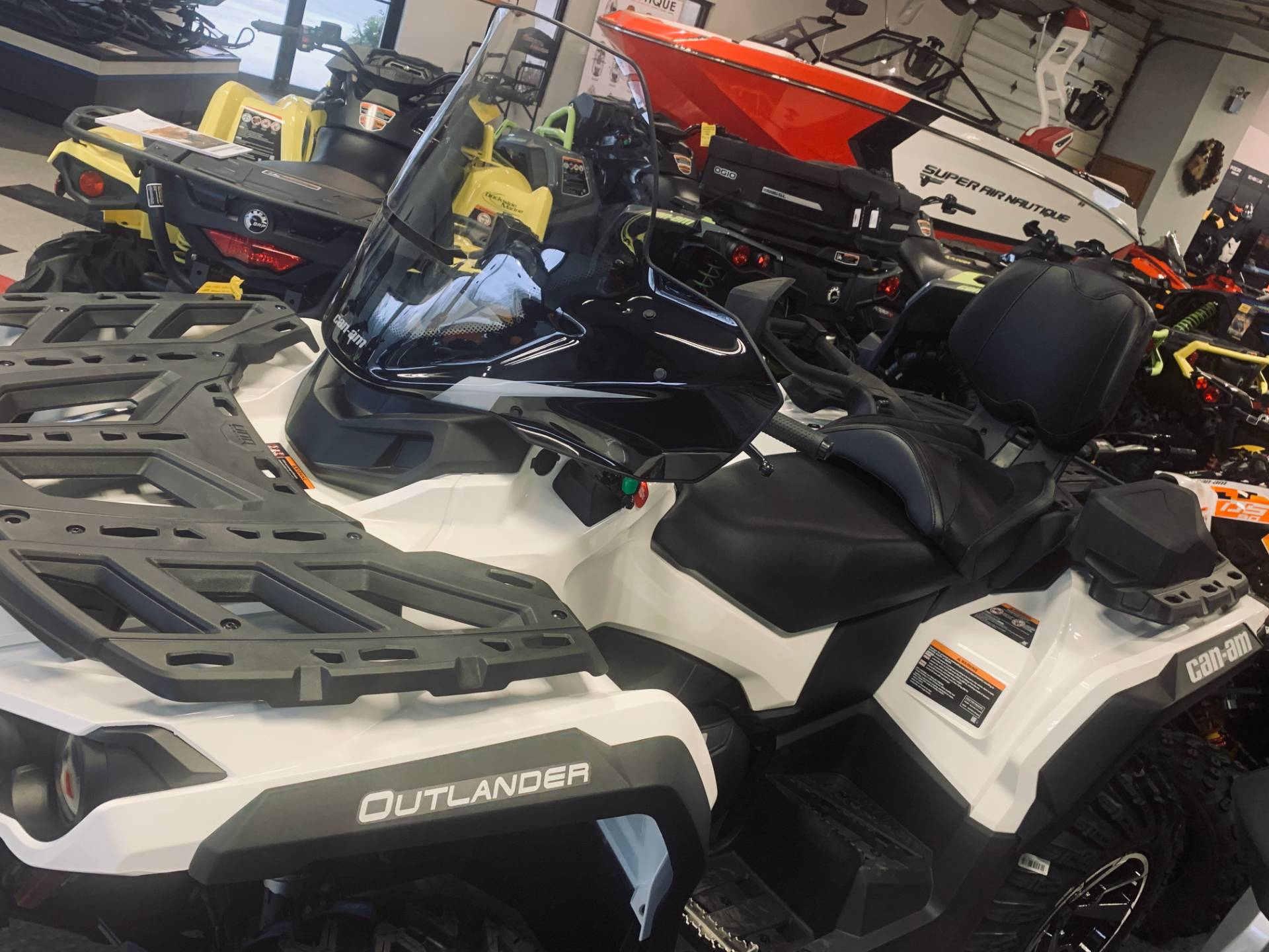 2020 Can-Am Outlander Max North Edition 850 in Wilmington, Illinois - Photo 6
