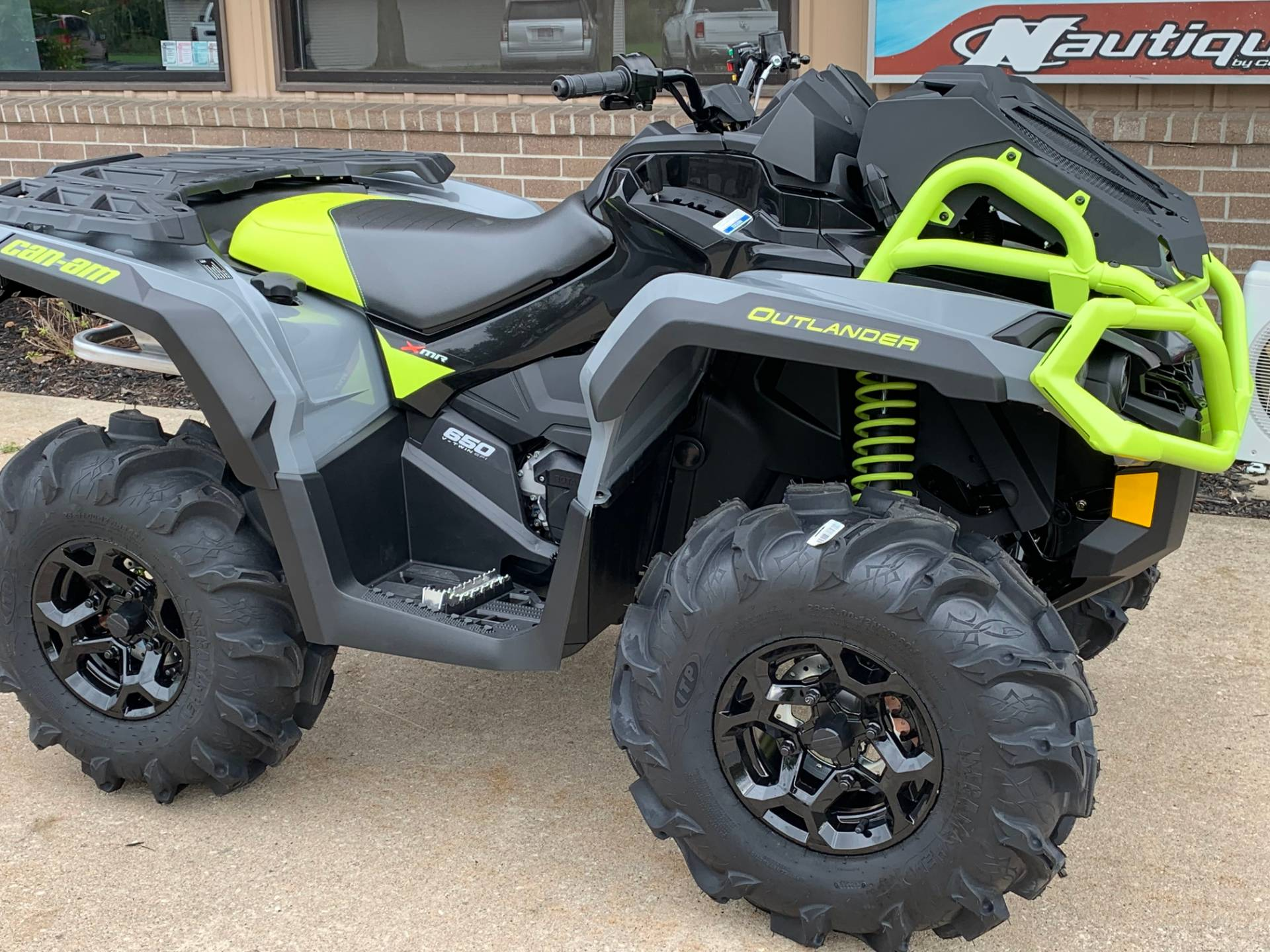 2020 Can-Am Outlander X MR 650 in Wilmington, Illinois - Photo 1