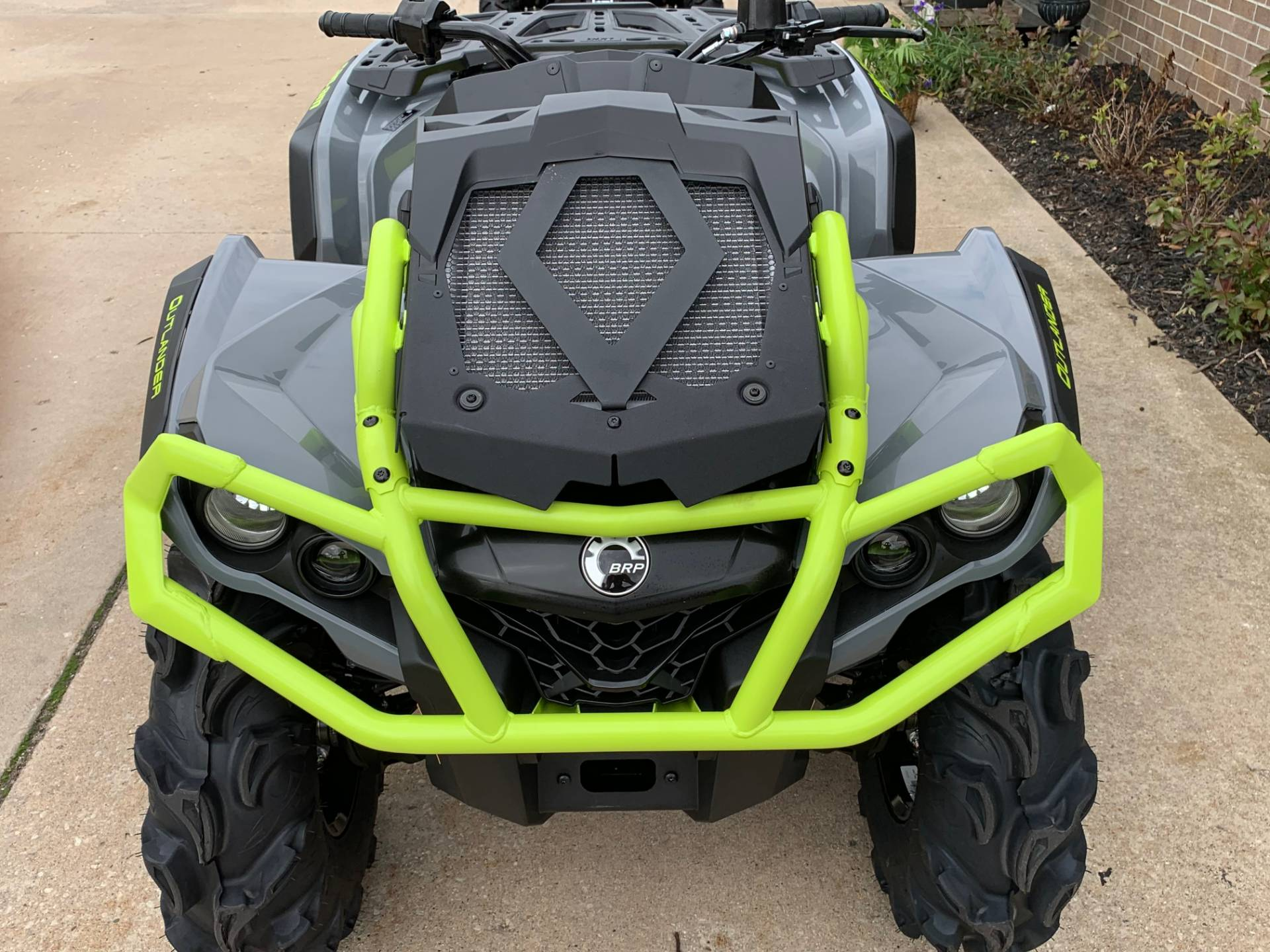 2020 Can-Am Outlander X MR 650 in Wilmington, Illinois - Photo 2