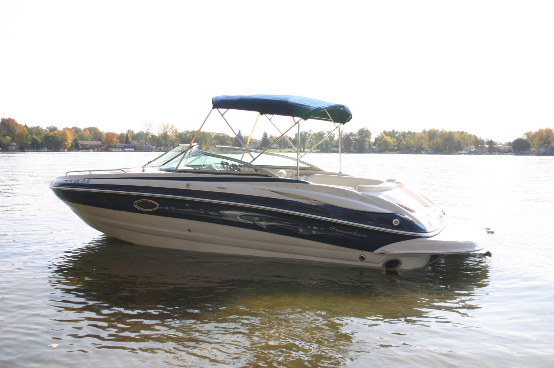 2007 Crownline 240 LS in Fenton, Michigan
