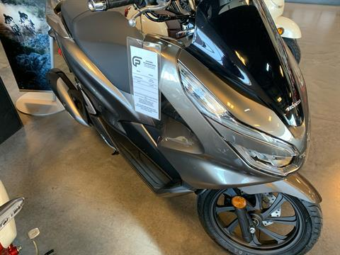 2019 Honda PCX150 in Saint George, Utah - Photo 2