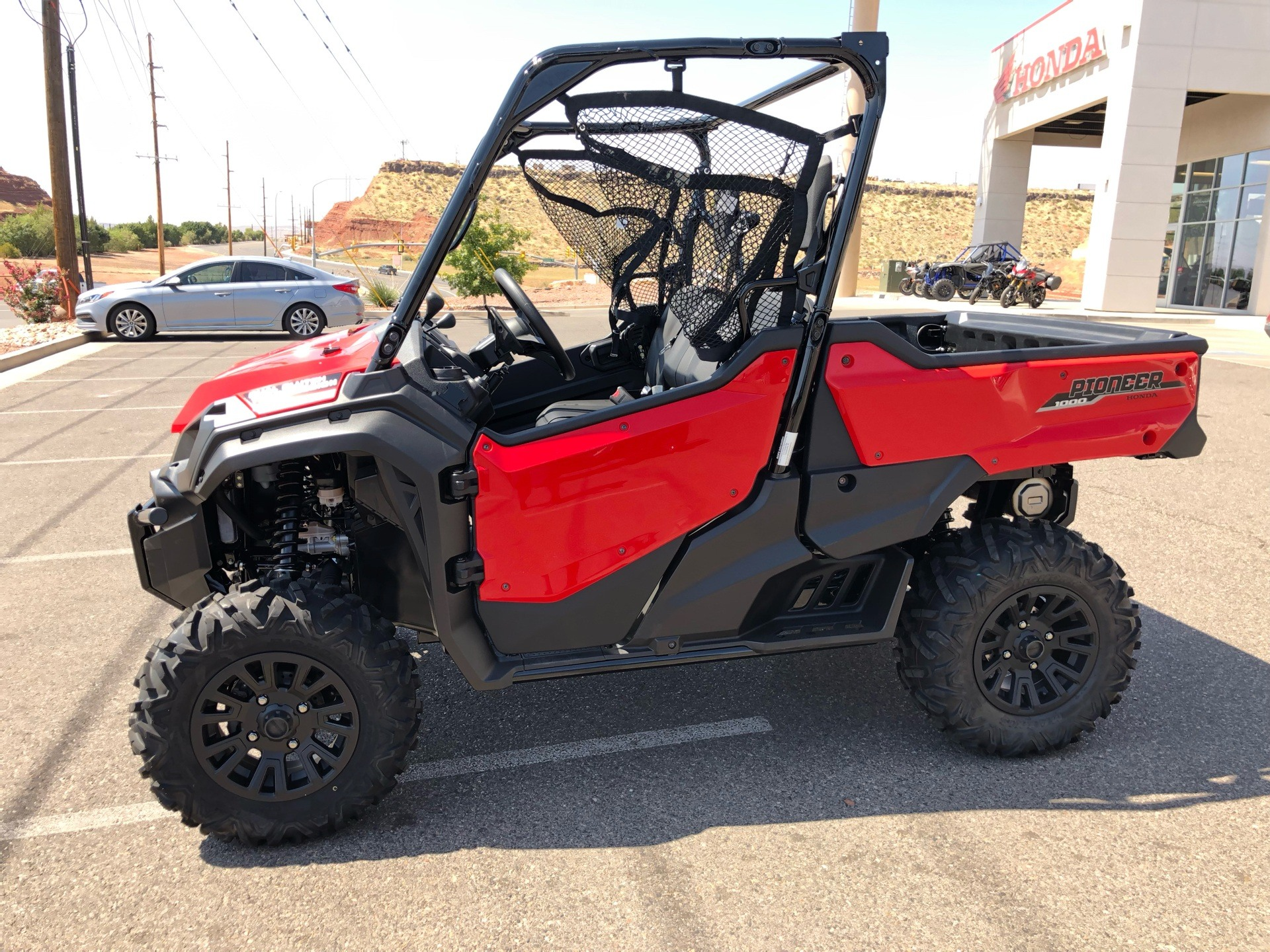 2021 Honda Pioneer 1000 Deluxe in Saint George, Utah - Photo 10