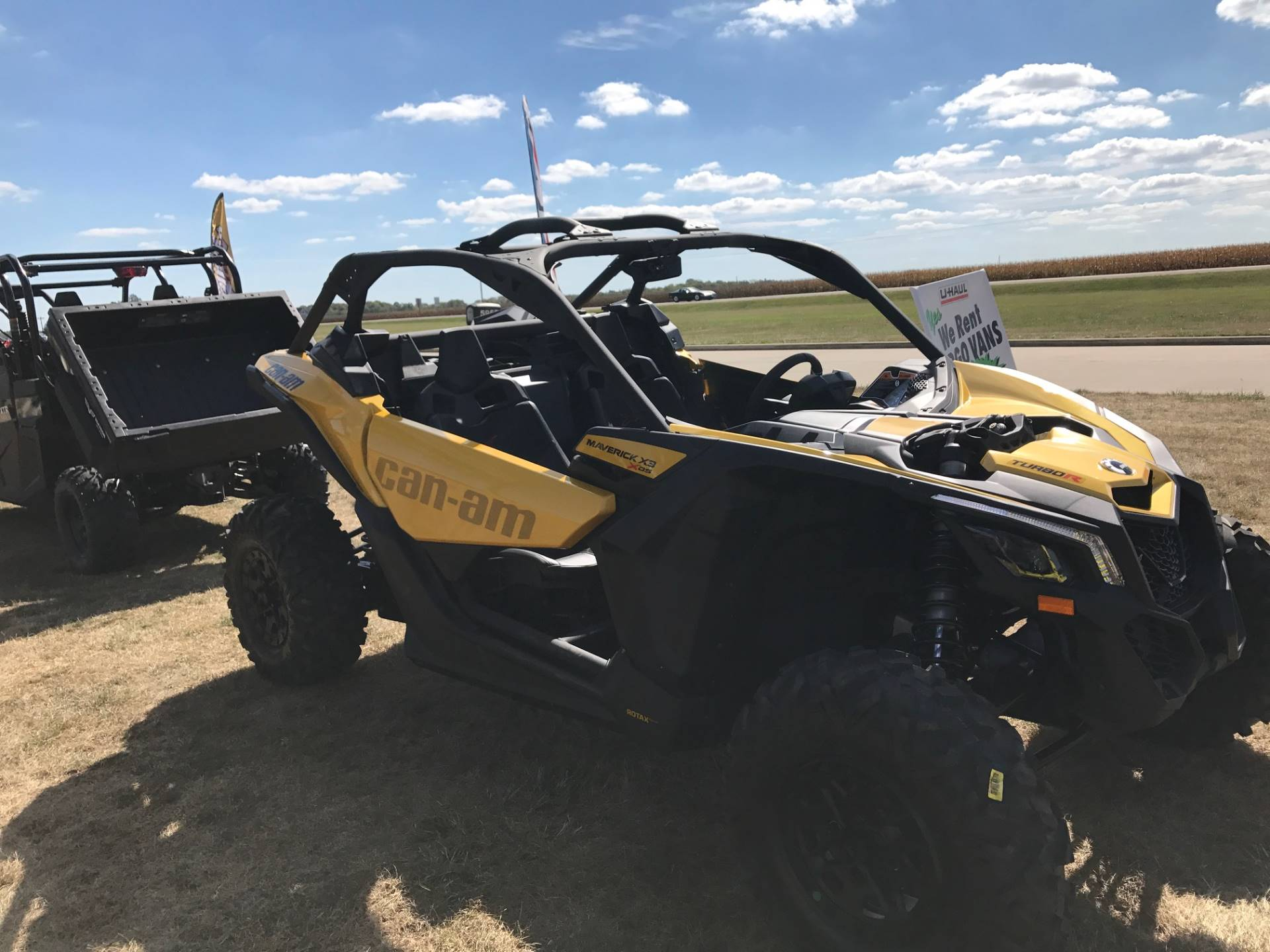 2017 Can-Am Maverick X3 X ds Turbo R in Charleston, Illinois