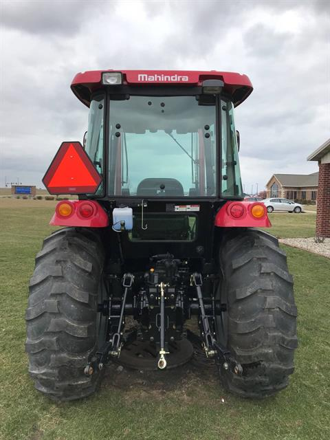 2016 Mahindra 2555 Shuttle Cab in Charleston, Illinois
