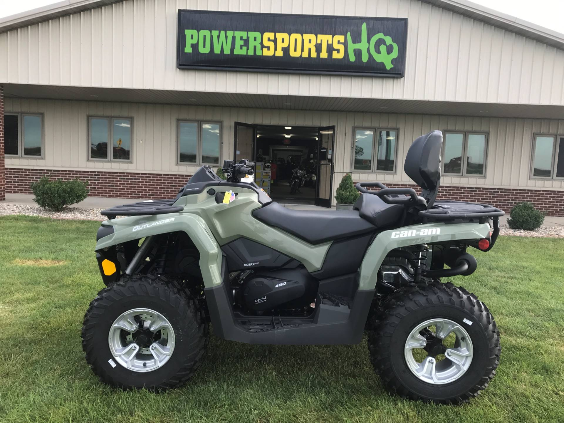 2017 Can-Am Outlander MAX DPS 450 in Charleston, Illinois
