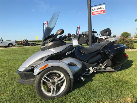 2008 Can-Am Spyder™ GS SM5 in Charleston, Illinois
