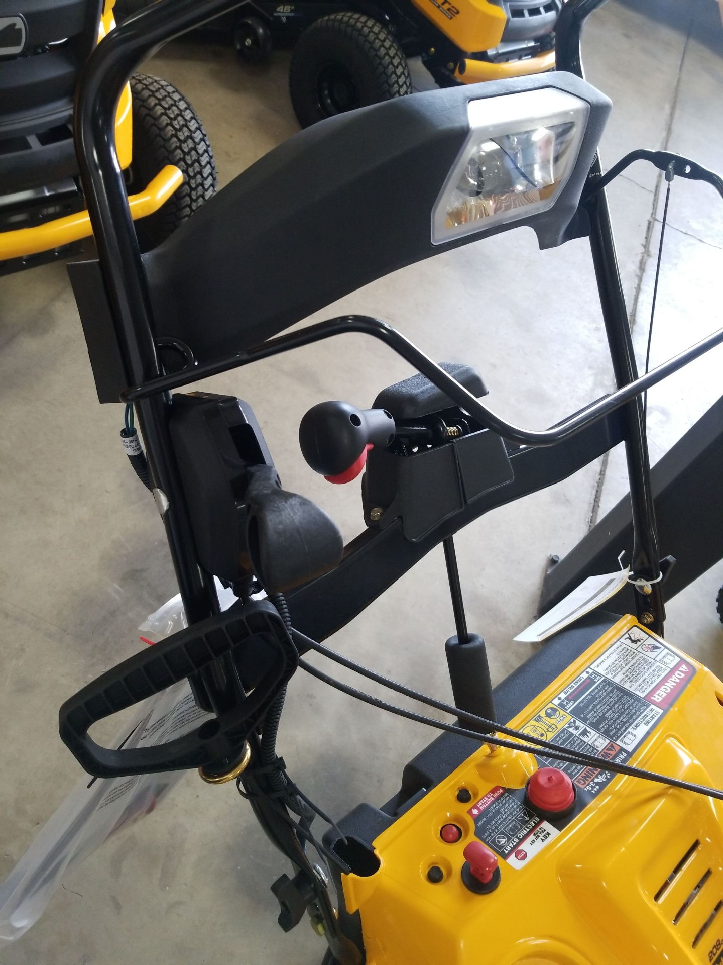 Cub Cadet 1X 21 in. LHP in Berlin, Wisconsin - Photo 4